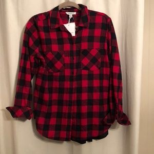 •CHECKERED BLACK & RED FLANNEL•